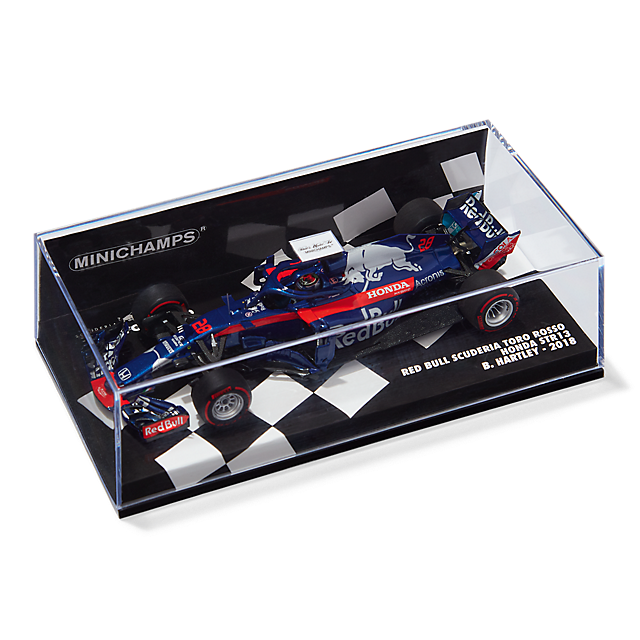 Minichamps Brendon Hartley STR13 AUS GP 1:43 (STR18096): Scuderia Toro Rosso minichamps-brendon-hartley-str13-aus-gp-1-43 (image/jpeg)