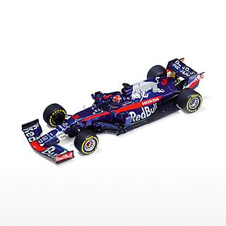 STR Honda STR14 Danil Kyvat (STR19098): Scuderia Toro Rosso str-honda-str14-danil-kyvat (image/jpeg)